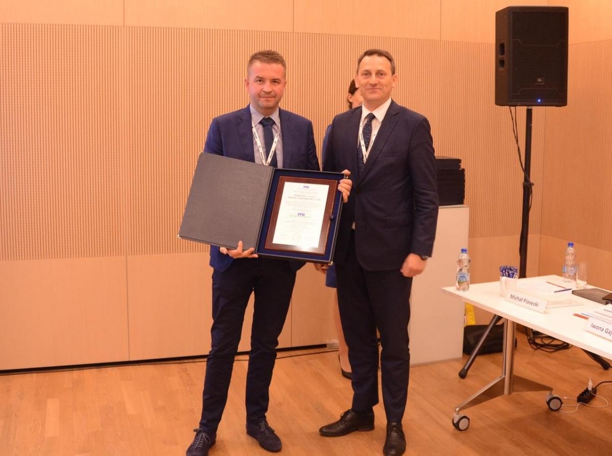 Od lewej Krzysztof Krzemień dyrektor techniczny Termo Organiki oraz dr inż. Robert Geryło dyrektor ITB